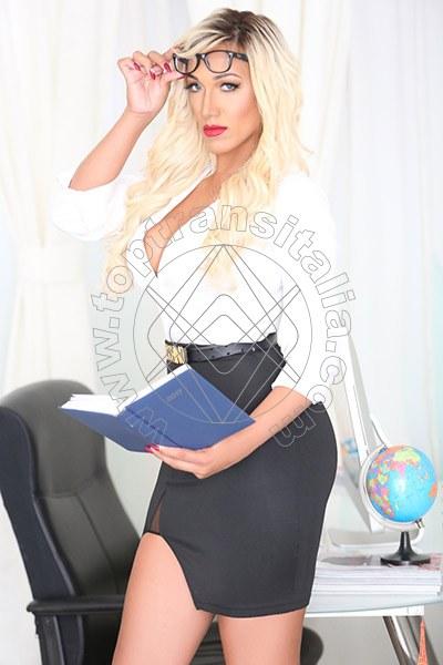 Penelope Hilton SASSARI 3290921595
