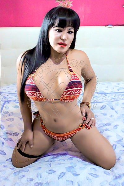 Yessenia MILANO 3404502124